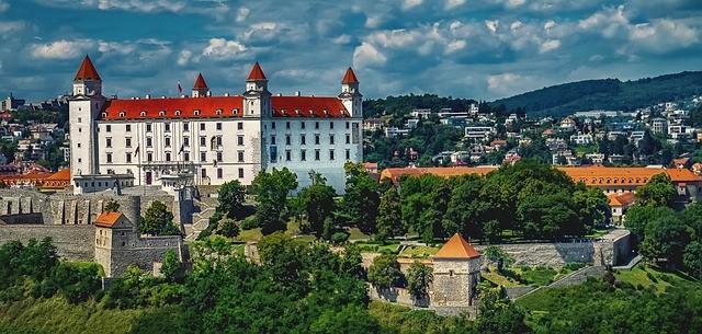 Payment Gateway Slovakia By QuadraPay