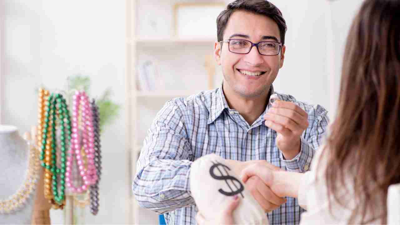Pawn Shops Merchant Account Quadrapay